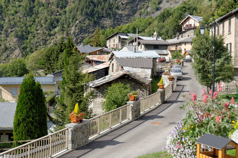 Vista del pueblo de Orellete